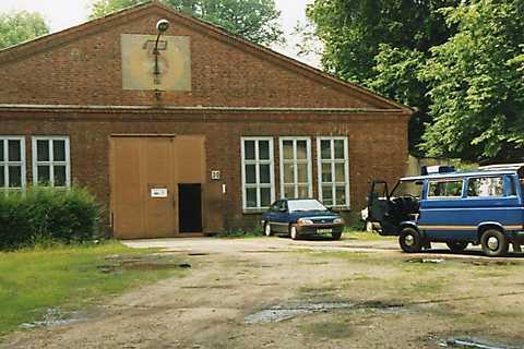 THW Ortsverband Stralsund 1991 Haupthalle